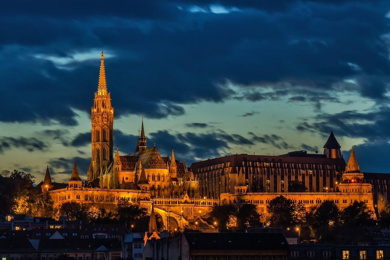 Budapest guida definitiva cosa vedere fare e mangiare for Soggiorno budapest